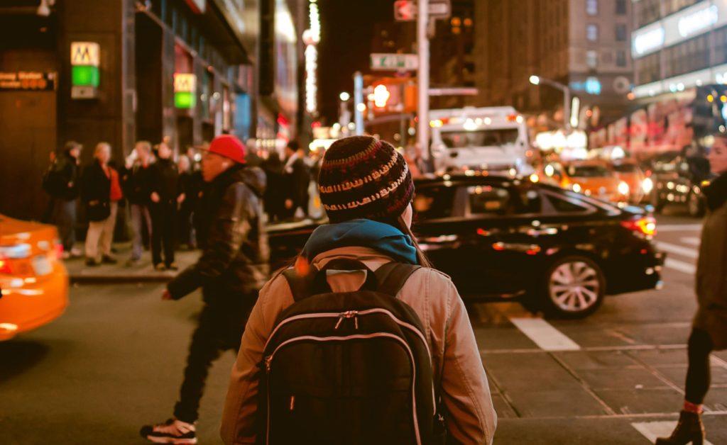 הטיפים הכי שווים לנסיעה לחו״ל - מקומות לינה וטיסות זולות